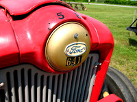 Ford tractor emblem